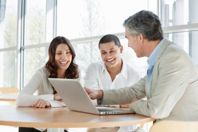 How does using an insurance broker help your business?